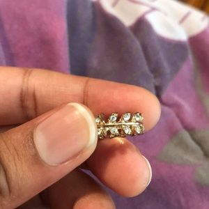 Studded Laurel pinky Ring